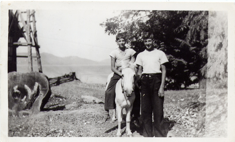 http://archives.saturnaheritage.ca/files/static/campbell_collection/campbell-38.jpg
