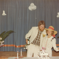 http://archives.saturnaheritage.ca/files/static/harrower_wedding_hall_collection/2016-6-3.jpg