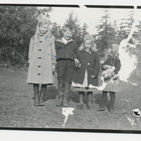 http://archives.saturnaheritage.ca/files/static/payne_collection/2014-2-9-1.jpg