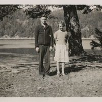 http://archives.saturnaheritage.ca/files/static/manzano_collection/2014-8-2-113.jpg